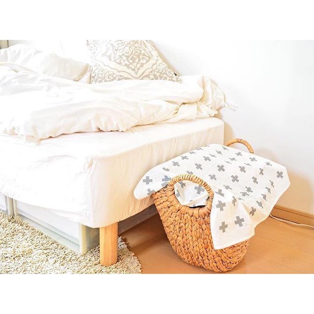 一人暮らしのベッド周りの収納6