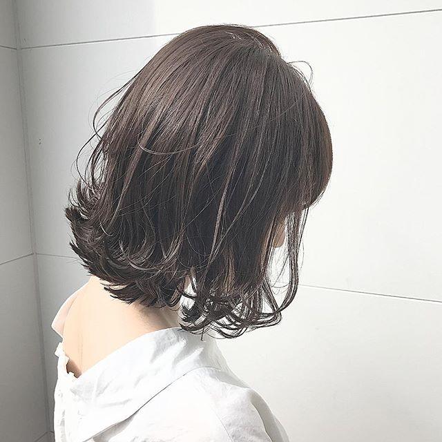 長めボブのおしゃれなヘアスタイル18