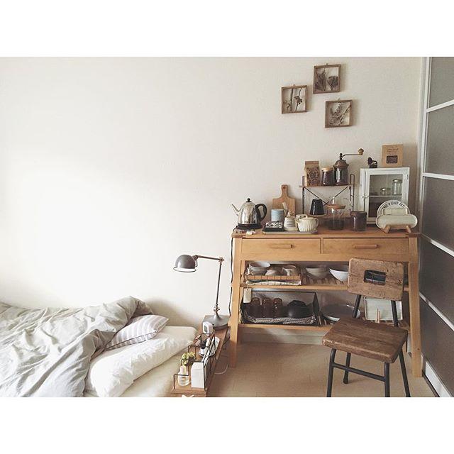 一人暮らしのベッド周りの収納