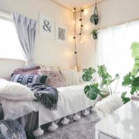 気に入らなければ、変えればいい!家具に色を塗り、壁紙を貼ってつくる、saki さんの1Kの暮らし