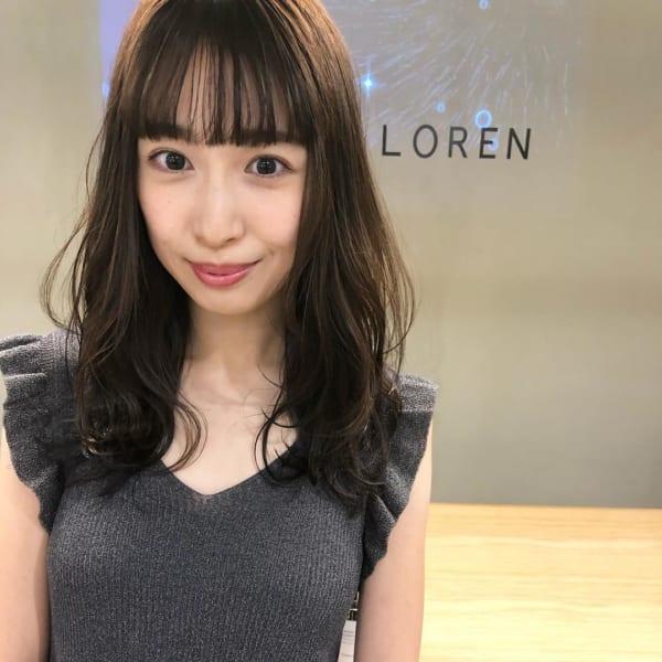 オフィスにも合う前髪ぱっつんスタイル11