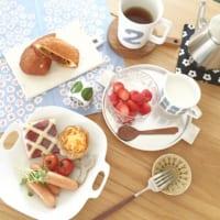 北欧ヴィンテージの世界へ☆イッタラのフローラで彩る涼し気なテーブル風景をご紹介