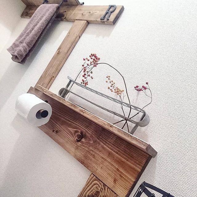 壁面に収納するアイデア10