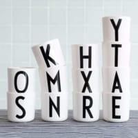 黒のアルファベットが美しい★置くだけで素敵なデザインレターズのカップ