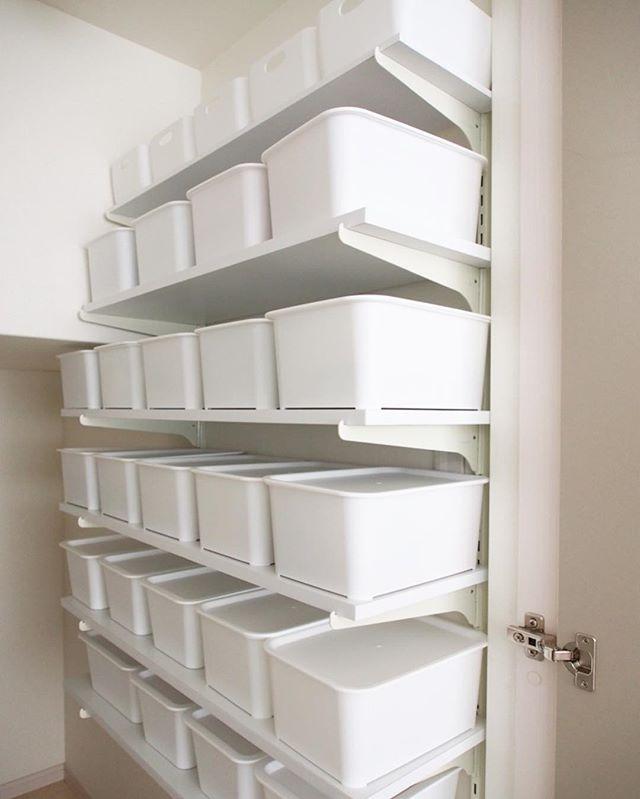 階段下スペースにDIYで使い勝手のいい収納を作ろう