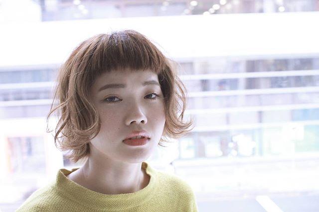 大人女性に合うボブヘアのオン眉9