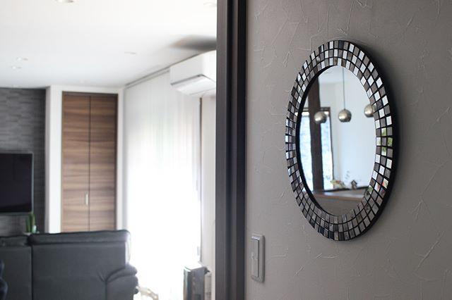 玄関 鏡3
