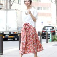 羽織をプラスで秋までOK!大人フェミニンな柄スカートをデザイン別にチェック☆