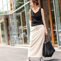 履くだけで女性らしさUP♡ロングタイトスカートで作る大人の魅力満載コーデ!
