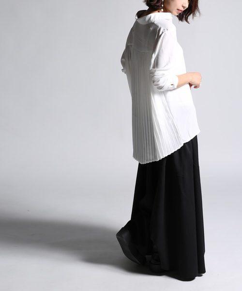 [antiqua] バックプリーツシャツ