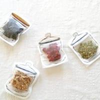 いろいろなものを収納できる!【セリア】のおしゃれなジッパーバッグの使い方8選