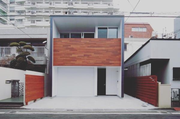 コンクリートのおしゃれな玄関ポーチ3