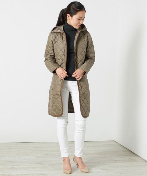 フード付きロング丈コート