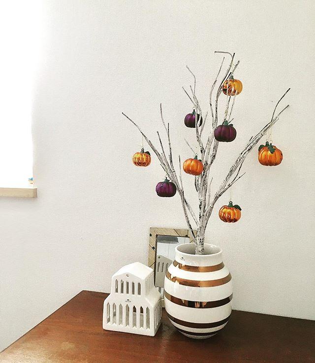 枝ものアレンジも可愛らしく