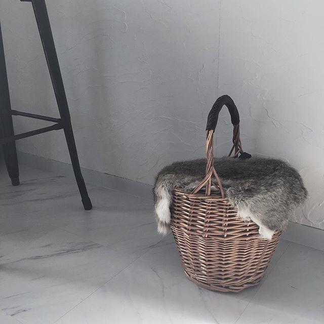 ファー付きカゴバッグ