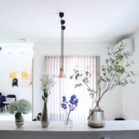 ドウダンツツジが大人気!おしゃれに飾るスペースとフラワーベースの選び方