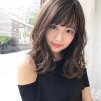 小顔効果の定番♡ひし形シルエットのミディアムヘアがおすすめ!