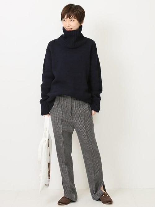 【ローファー】のデイリーにぴったりなシンプルファッション3