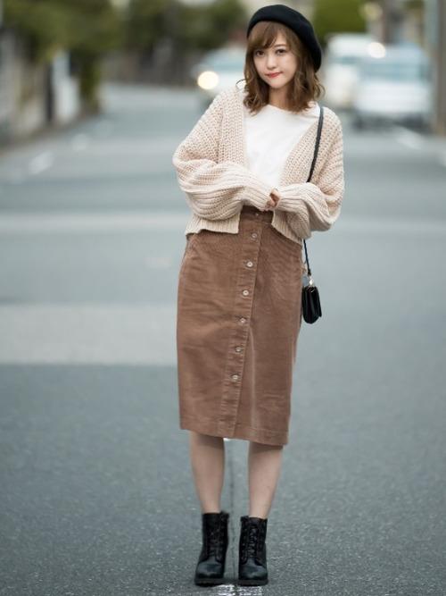 コーデュロイフロントボタンスカート