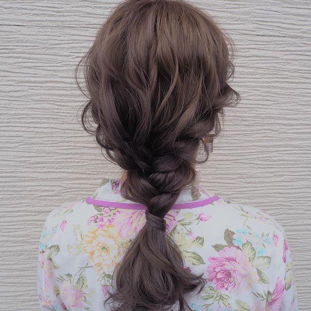 髪が多い人の簡単まとめ髪9