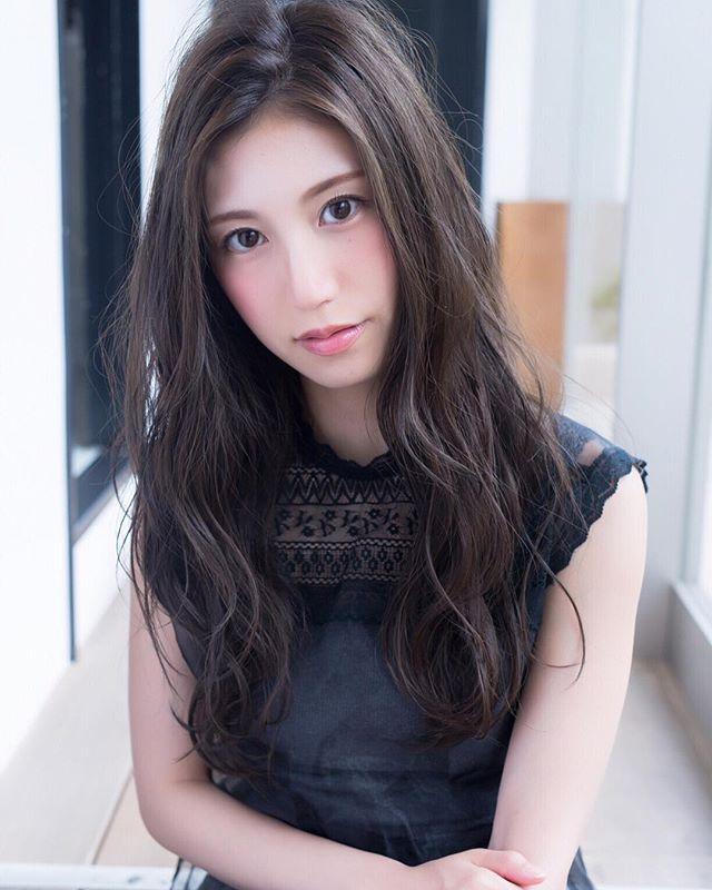 暗髪スタイル11