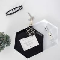アクセサリーのちょい置きや雑貨のディスプレイスペースに♡トレイのおしゃれな使い方