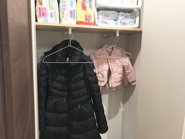 コート収納②玄関にコートの収納スペースがある実例2