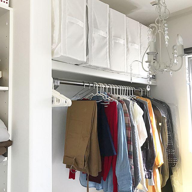 クローゼットでの衣類収納に使えるアイテム14