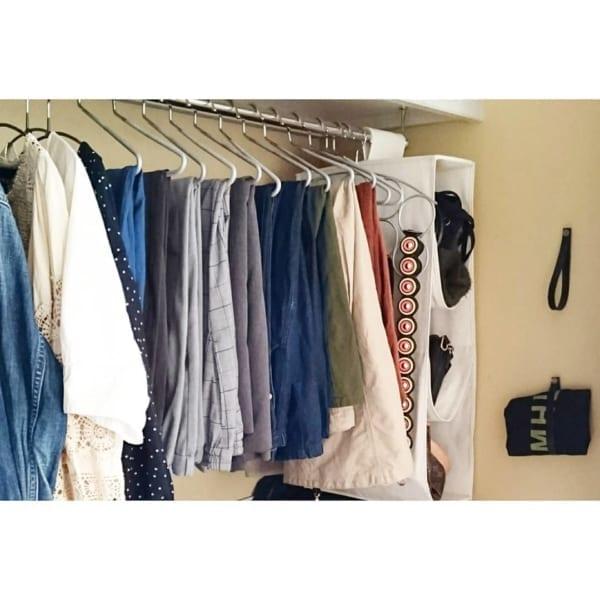 クローゼットでの衣類収納に使えるアイテム12