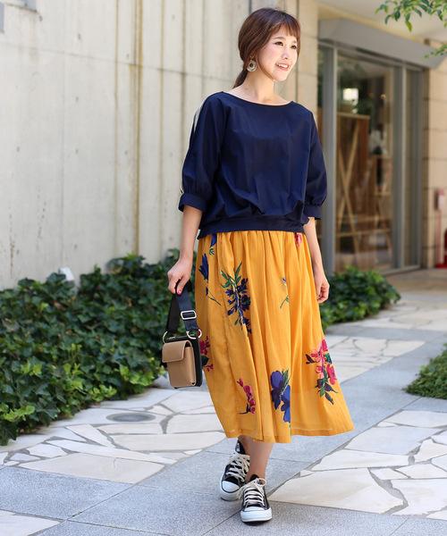 秋色インド綿大花柄プリントスカート