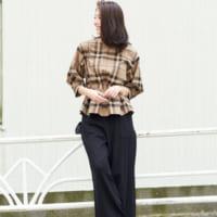 ブラックワイドパンツの大人女子コーデ♡オンにもオフにも使えるスタイルをご提案!
