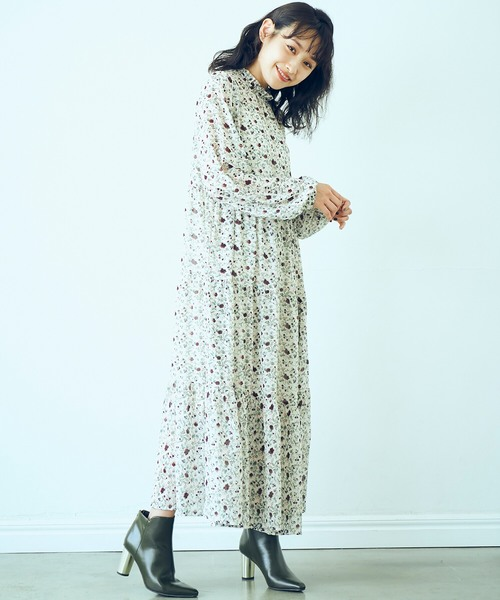 <高橋愛さんコラボ>ラブ&ピースプロジェクト 花柄フリルネックマキシワンピース