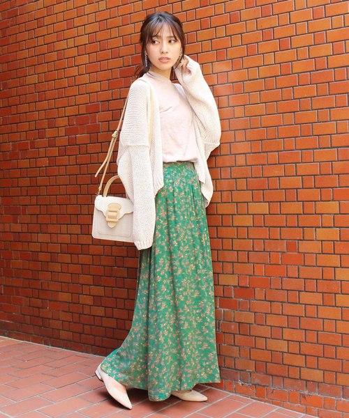 小花柄ギャザーフレアスカート