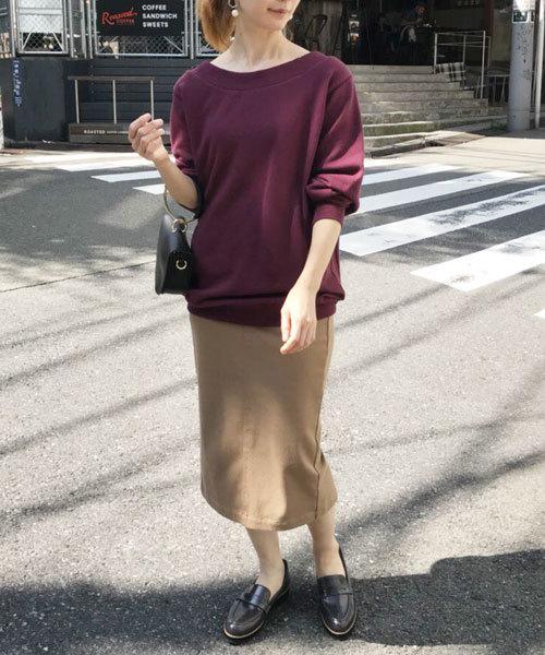 【ローファー】のデイリーにぴったりなシンプルファッション1