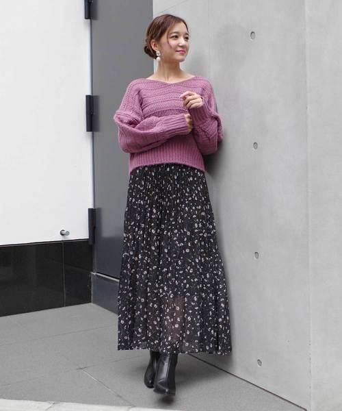 小花柄ナロープリーツスカート