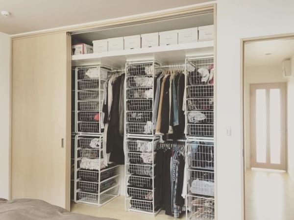クローゼットでの衣類収納に使えるアイテム17