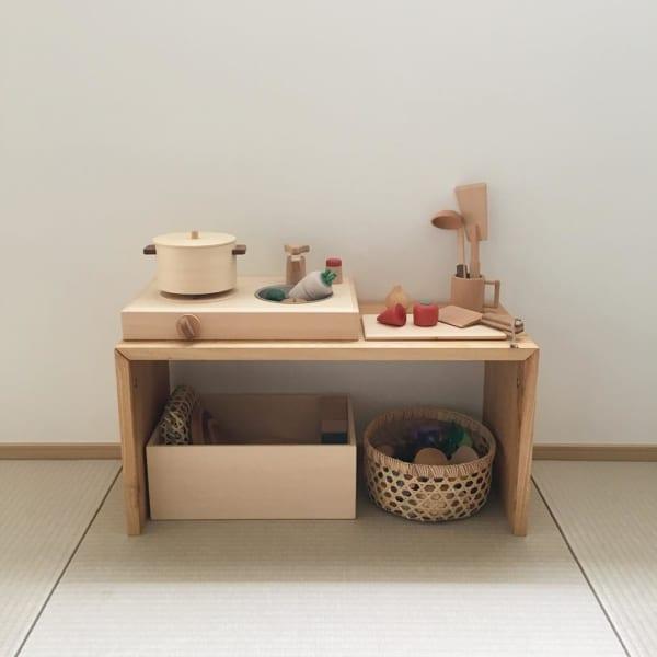 キッズスペースのコの字の家具