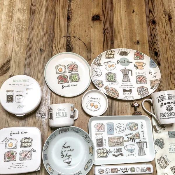 カフェ柄メラミン樹脂食器(ダイソー)