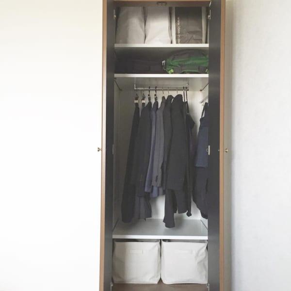 コート収納①クローゼットにコートを収納した実例7