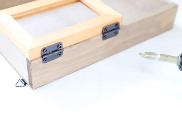 壁掛けでもテーブルでも使える2WAYボックス6