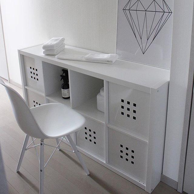 作業スペースは、棚の上で