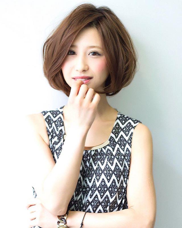 ミディアムボブの髪型例6