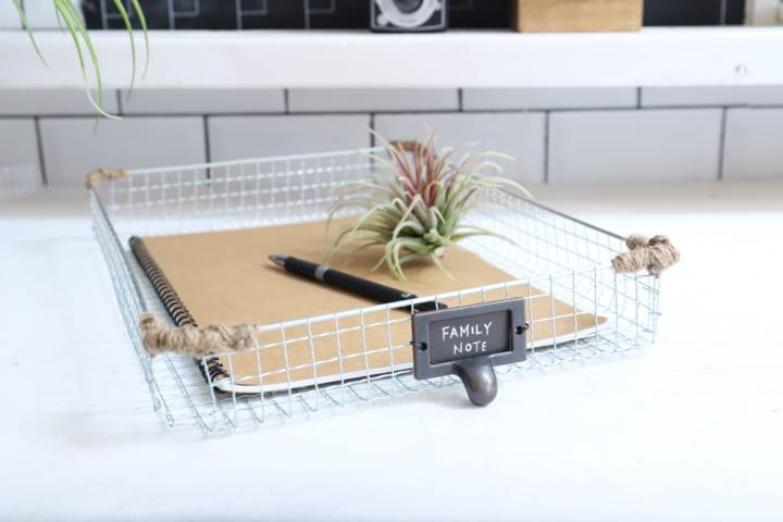 書類をまとめたり、植物をまとめたり。使えるトレイの完成!2