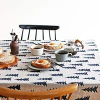 お部屋に似合うタイプはどれ?食卓を素敵にするテーブルクロスをご紹介