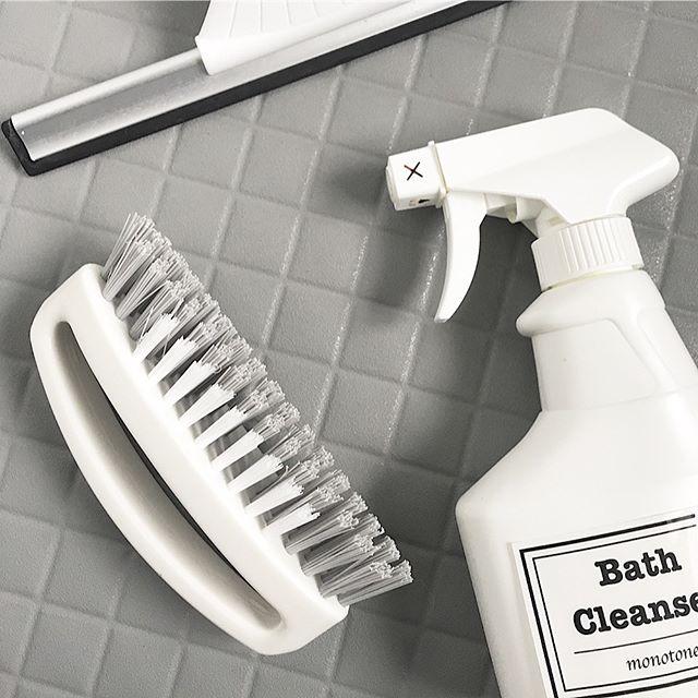 風呂掃除ブラシは見た目も使い心地も優秀