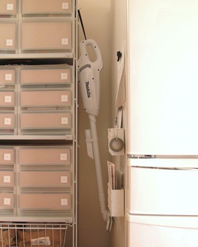冷蔵庫の横2