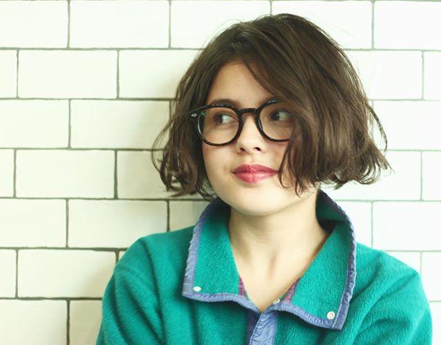 メガネが似合うショートヘア2