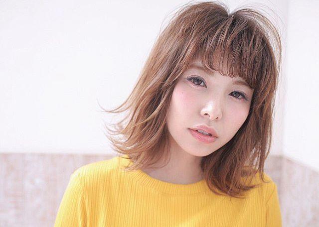 ミディアムボブの髪型例3
