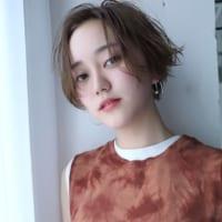 一番大人っぽく見える前髪スタイル!センターパーツヘアで女優さん風の雰囲気に♪