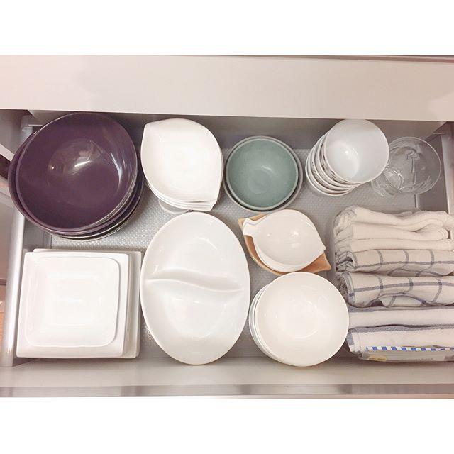 調理器具、食器の収納は引き出しに入れてスッキリと7